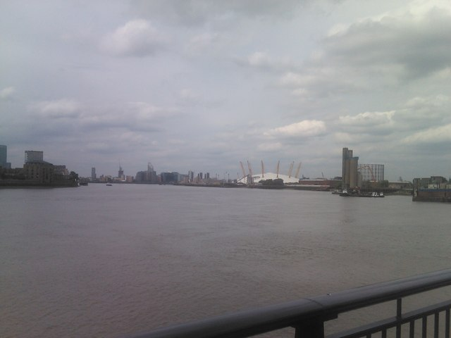 View of the O2 and the Thames' course from Ballast Quay
