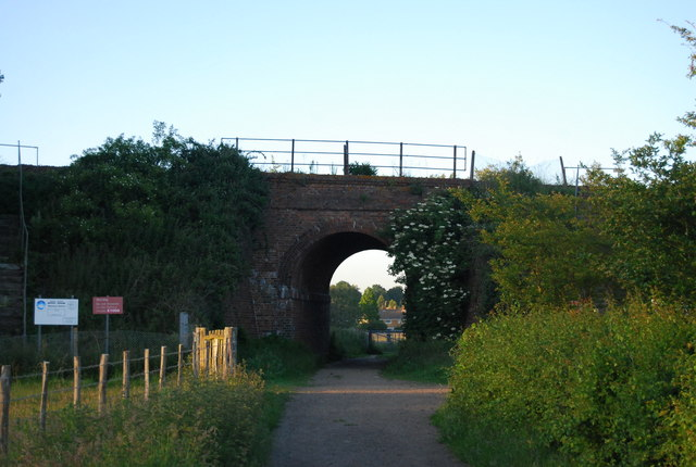 Railway bridge near Grove Barn