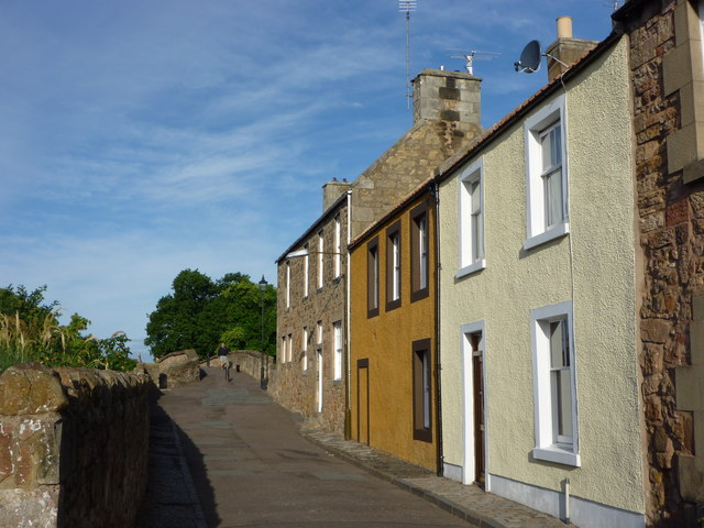 East Lothian Architecture : Bridge Street Haddington - Eastern Approach to Nungate Bridge