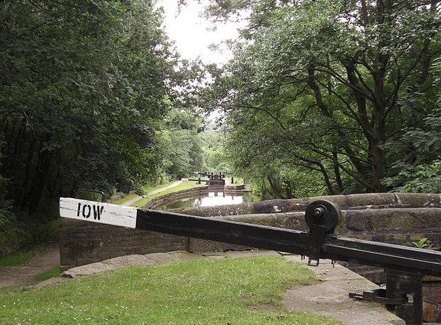 Lock 10W Huddersfield Narrow Canal