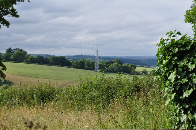 Mid Devon : Countryside & Antenna