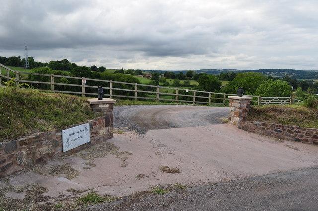 Mid Devon : Ashley Park Farm Riding Centre Entrance