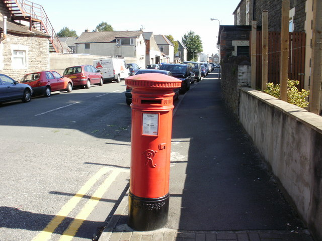 Victorian postbox, Priest Road, Cardiff