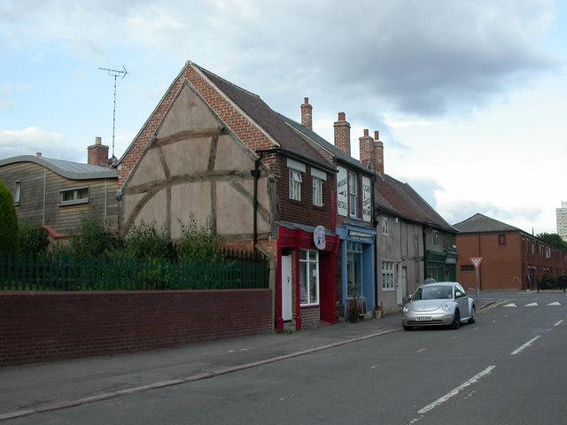 Spon End, terrace