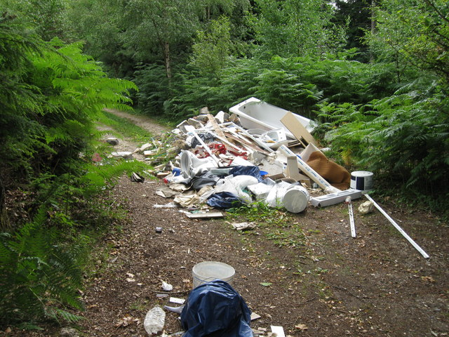 Fly tipping, The Orchard, Chilworth