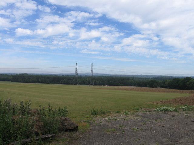 Field NE of A27