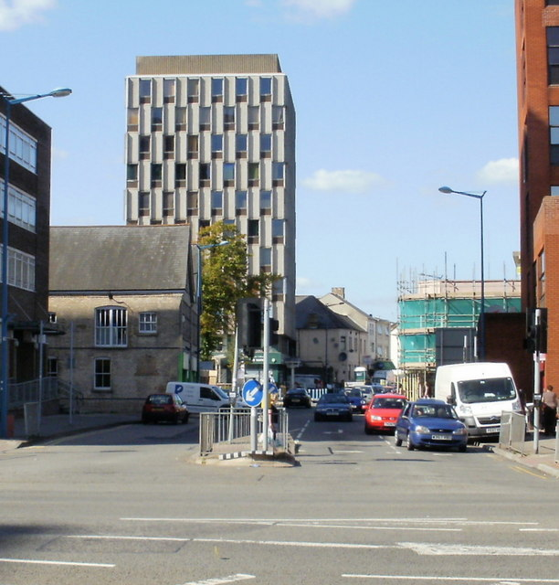 Cardiff Tertiary College building, The Parade/City Road