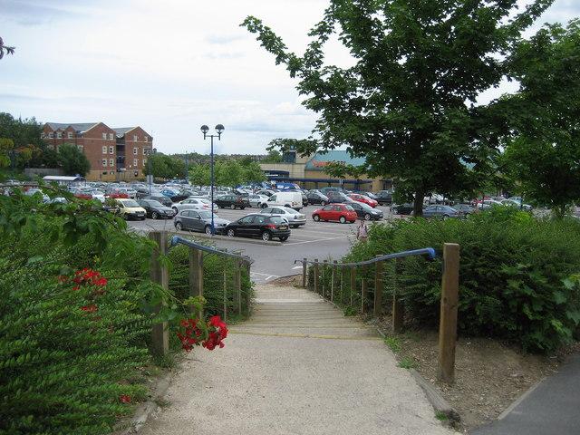 Grange Road Entrance to Sainsburys