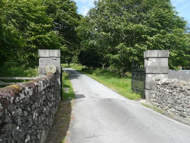 Gateway to Straloch House