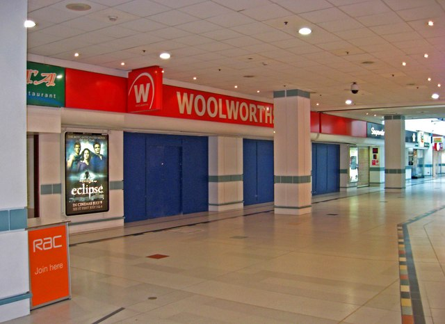 The closed Woolworths store, Unit 41 Evesham Walk, Kingfisher Shopping Centre