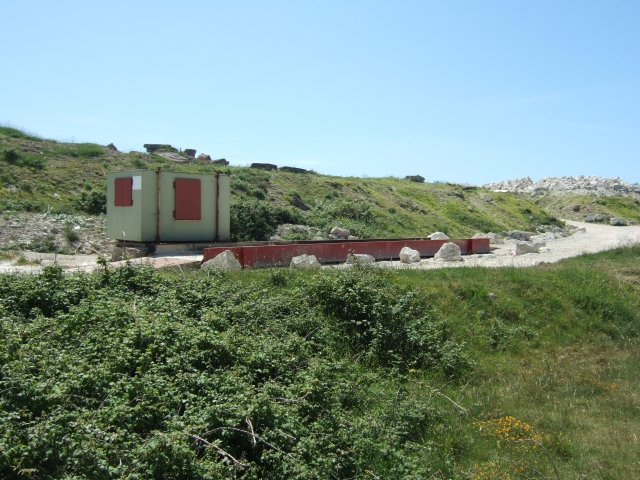 Quarry weighbridge and hut, Weston