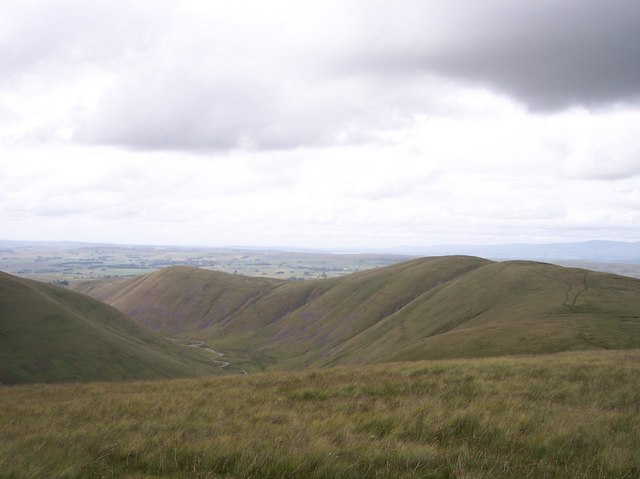 Paths over West Fell