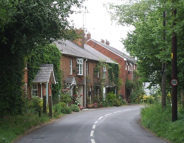 Cottages on Luke's Lane, Gubblecote