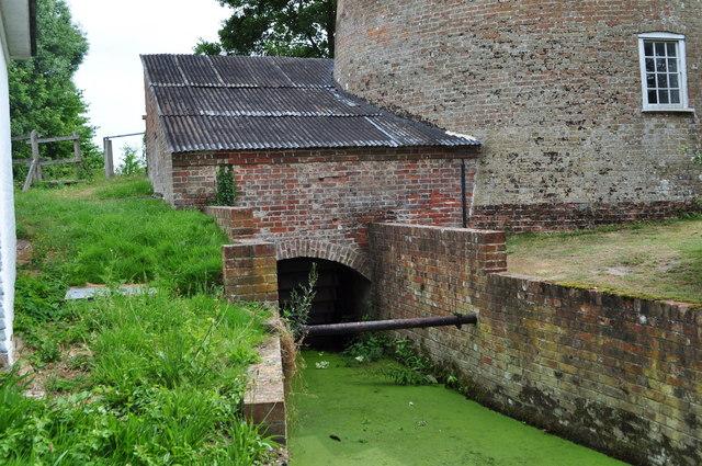 Waterwheel at Little Cressingham