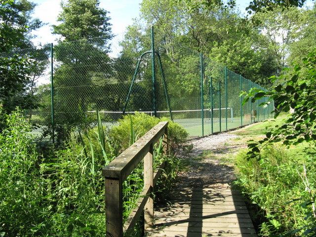 Tennis court near Howbourne Farm