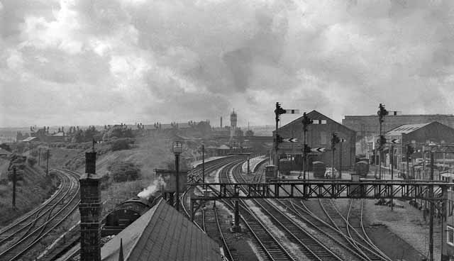 Bury (Knowsley Street) Station and loop line to Radcliffe