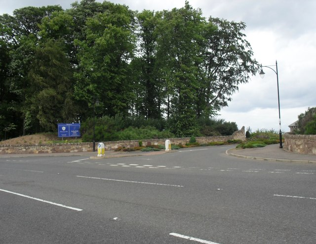 Junction at the entrance to Archerfield Estate