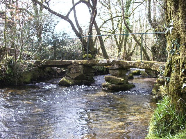 Clapper bridge over the Lynher