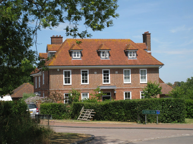 Norheads Farmhouse, Glovers Close