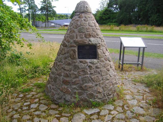 Battle of Inverkeithing memorial cairn