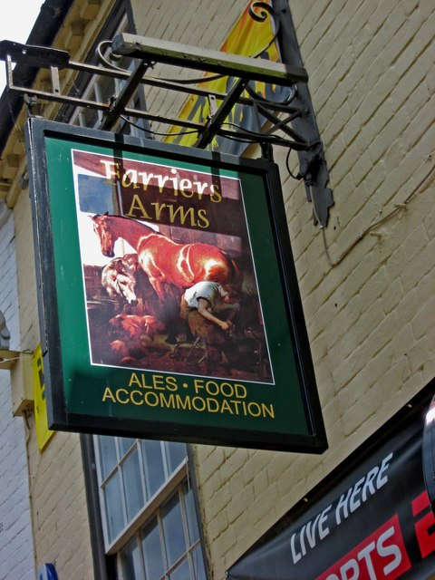Farriers Arms (pub sign), 9 Fish Street