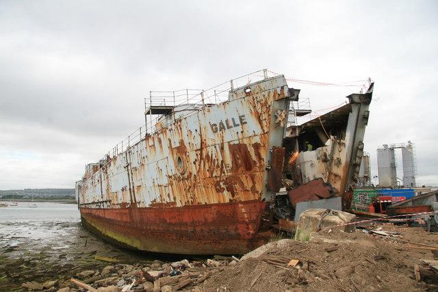 Pound's Scrapyard - dismantling a piece of history
