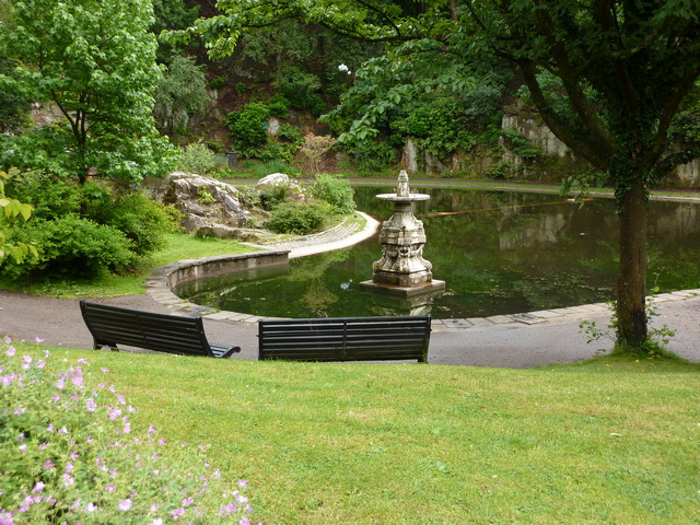 Fountain and lake, Williamson Park
