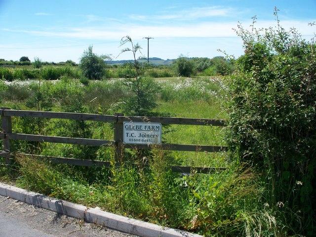 Footpath to Darlingscott