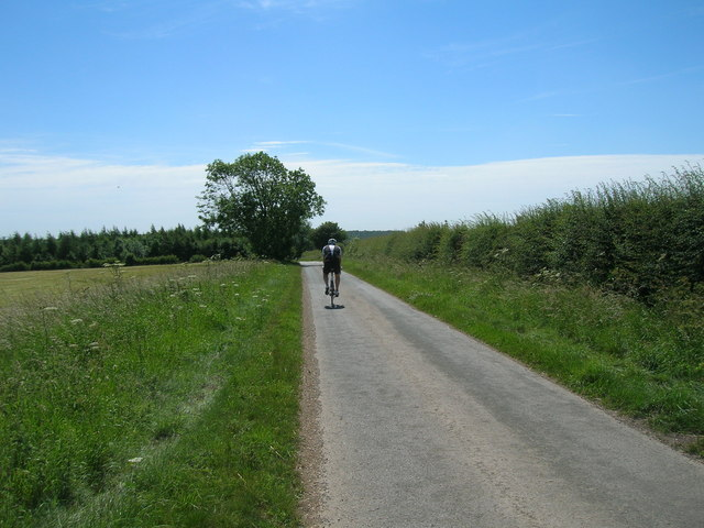 Kirby Lane towards Sledmere