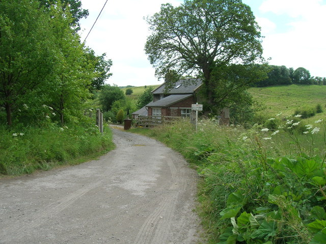 Track to Old Station House