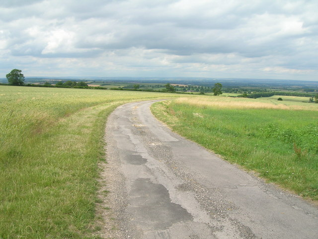 Minor road towards North Grimston