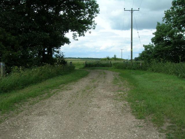 Farm track, High Mowthorpe