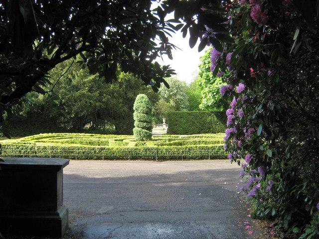 Formal garden, Worden Park