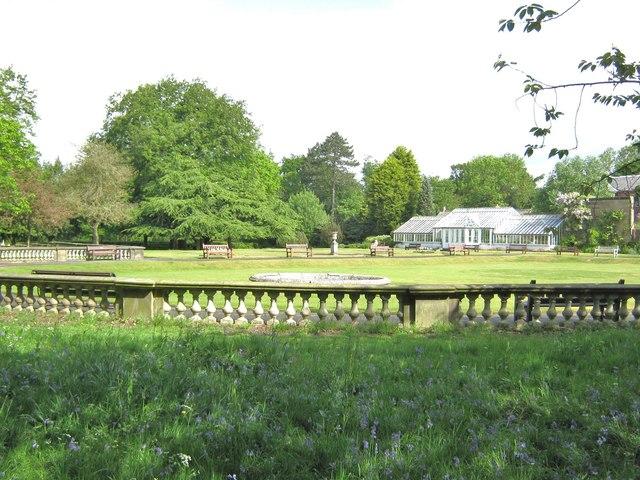 Formal gardens, Worden Park
