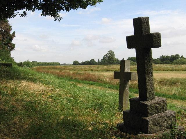North Muskham - gravestones and Trent floodplain