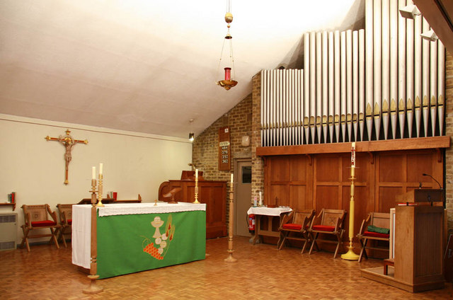 St Mark & St Margaret, Old Mill Road, Plumstead - Sanctuary