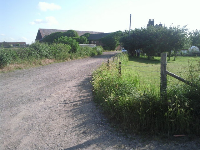 Approach to Howbury Farm