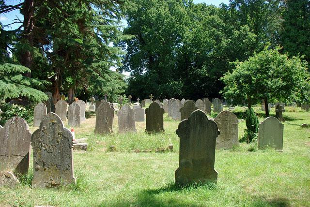 In Leigh churchyard