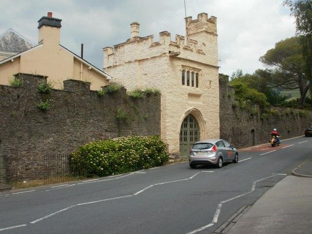 Porth Mawr gate house Crickhowell