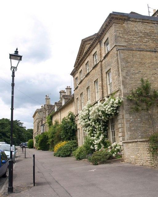 Cecily Hill, Cirencester