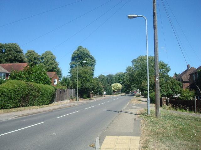 Horley Row, Horley