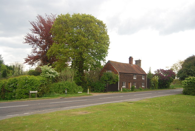 Cottage on The Green (A272)