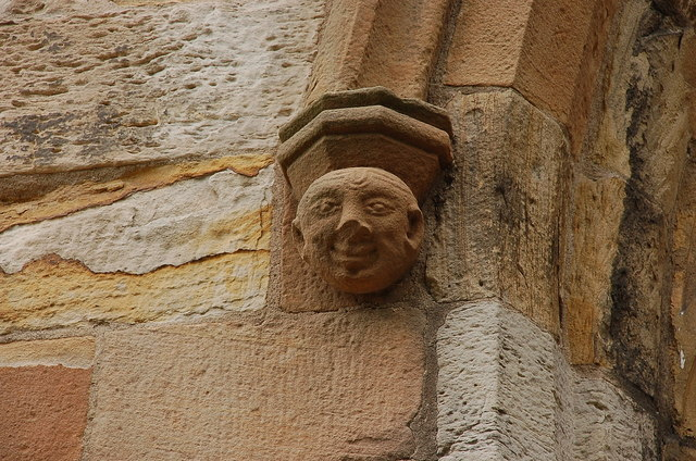 A face on the wall, Seton Collegiate Church