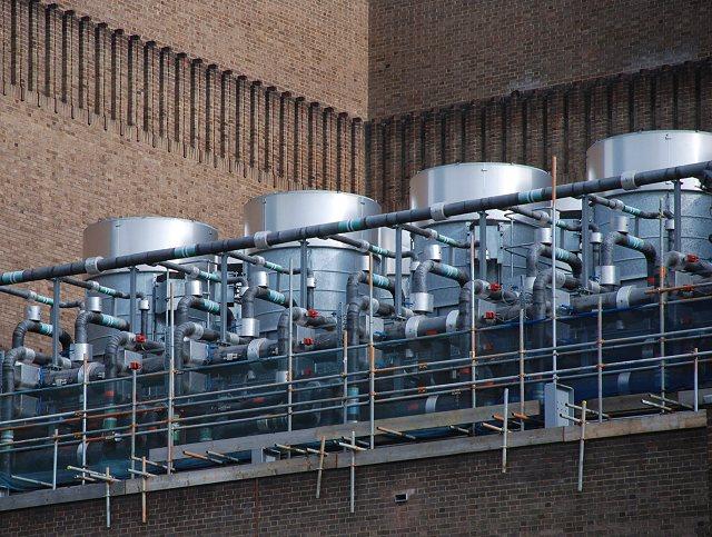Evaporative condensers at Tate Modern