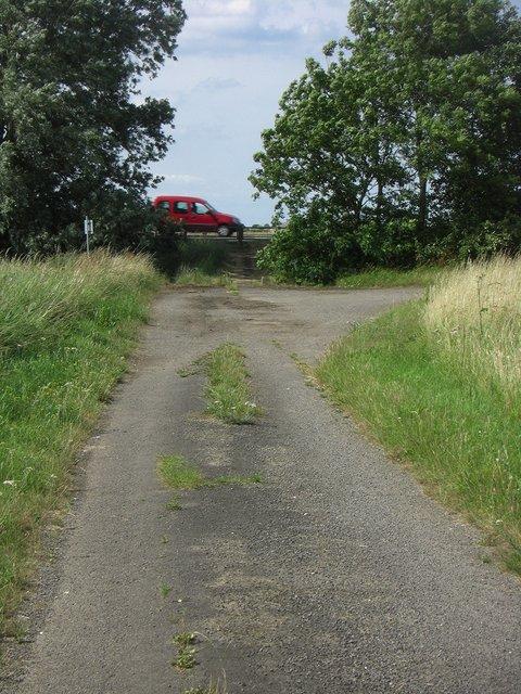 Whitecross lane severed