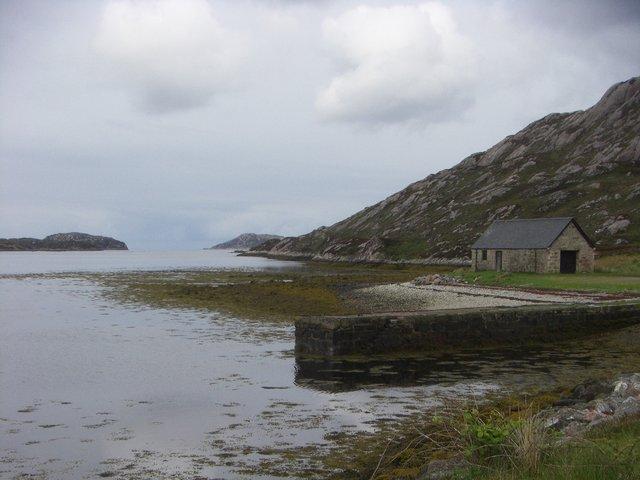 Quay and hut, Laxford Bay