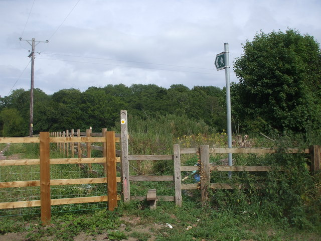 Stile and footpath sign, Began Rd, Cardiff