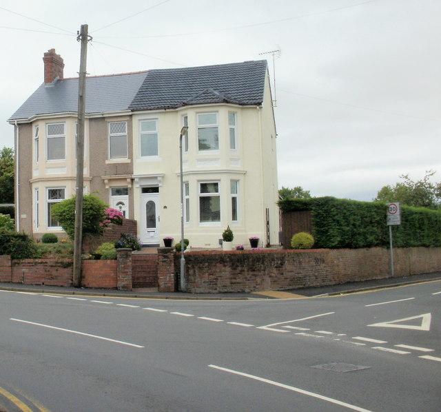 Pillmawr Road houses opposite the Three Horseshoes, Malpas, Newport