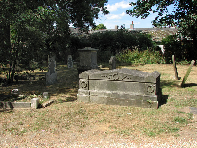 St Mark's church in Lakenham - churchyard