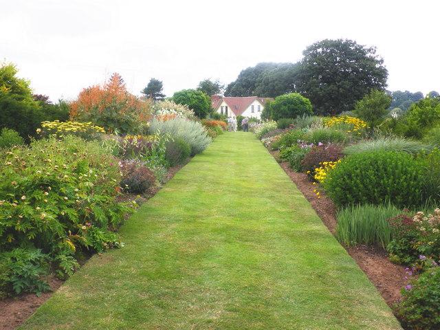 Formal borders, at High Garden, Kenton